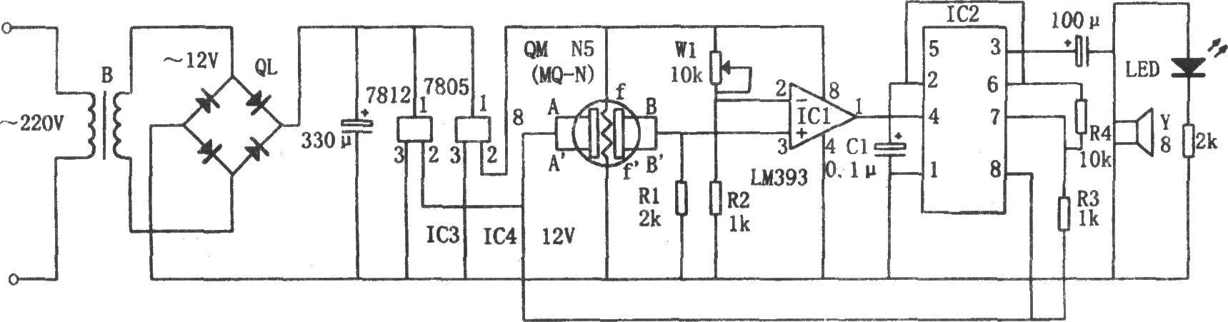 比较器ic1采用双电压比较器lm393